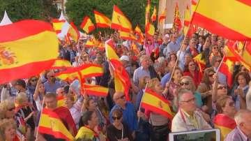 Протестиращи срещу правителството на Педро Санчес искат нови избори в Испания
