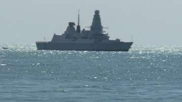Военни моряци спасиха индонезийски моряк
