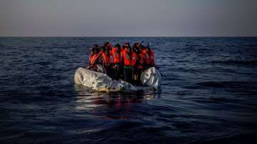Над 900 мигранти бяха спасени край бреговете на Либия