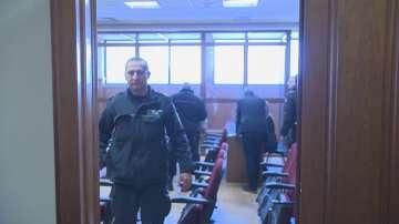 Обвиняемите в корупция митничари от Варна остават в ареста