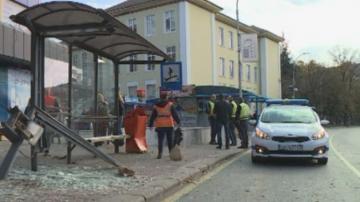 Млад шофьор помете четирима души на спирка във Варна