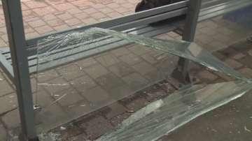Вандали потрошиха спирки във Варна