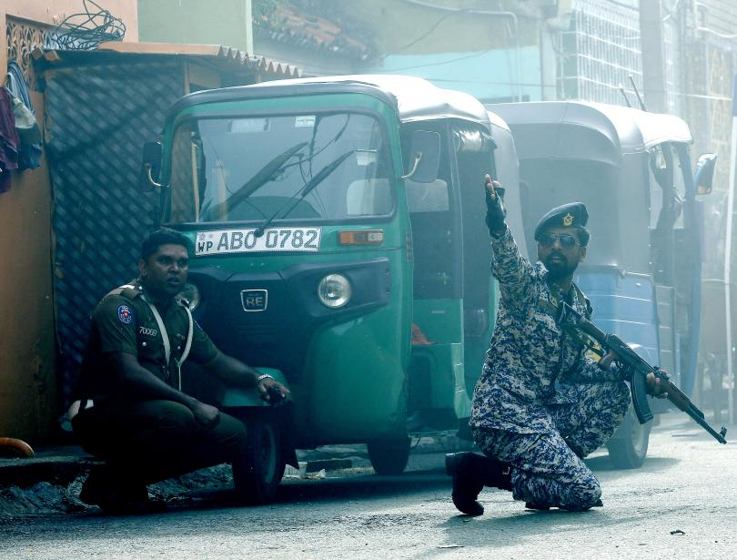 Снимка: Местна групировка в контакт с международна мрежа стои зад атентатите в Шри Ланка