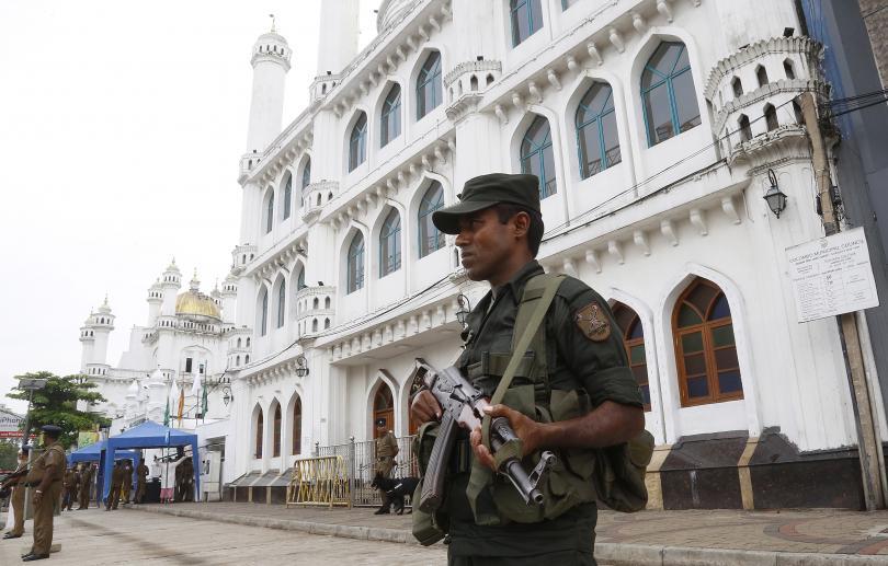 Шри Ланка въведе полицейски час след нападения срещу мюсюлмани