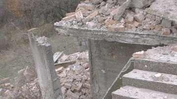 Психолози влизат в училището на загиналото в срутената сграда дете