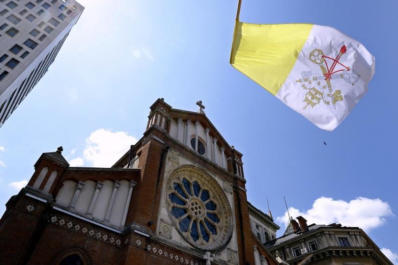 снимка 1 Папа Франциск пристига днес на посещение в Румъния