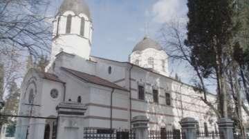 Осем кандидата се борят за поста митрополит на Старозагорска епархия