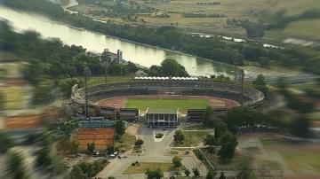 """Рушащият се от години стадион """"Пловдив"""" ще бъде ремонтиран"""