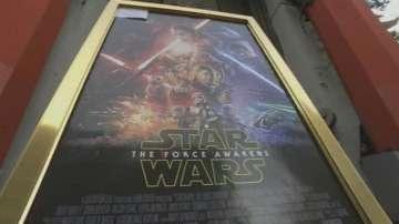 Километрични опашки за Междузвездни войни: Епизод VII