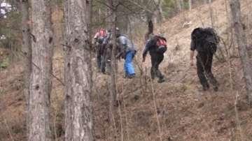 Спасители и днес не откриха изчезналия в Стара Планина мъж