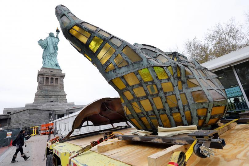 Оригиналният факел на Статуята на свободата вече е преместен в