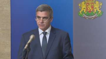 Правителството изпълнява всички ангажименти, свързани с провеждането на изборите