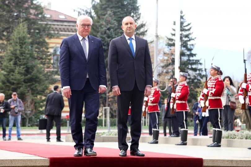 Президентът на Федерална република Германия Франк-Валтер Щайнмайер пристигна на официално