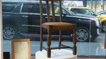 Продадоха на търг стола на авторката на Хари Потър
