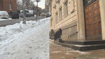 Столичната община почисти тротоара пред сградата си след репортаж на БНТ