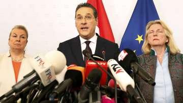 Бившият австрийски вицеканцлер Хайнц-Кристиан Щрахе няма да става евродепутат