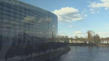 Забраняват пушенето в парковете в Страсбург
