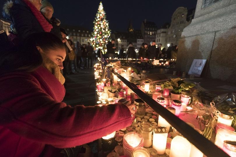 почете паметта журналистите загинали атентата страсбург