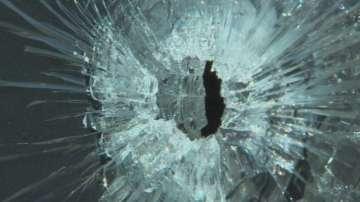 Стрелба с боен пистолет по жилищен блок в столицата