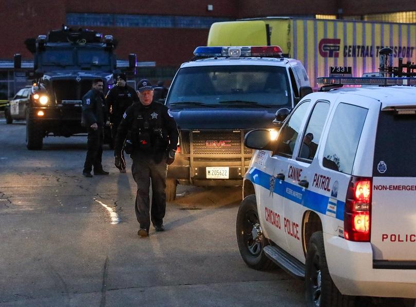 Снимка: Петима души загинаха след стрелба в Илинойс