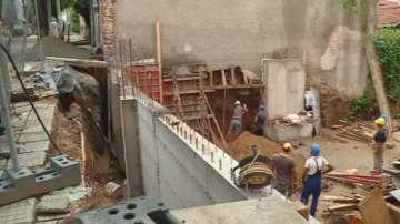 Стена на къща в Пловдив рухна заради съседен строеж