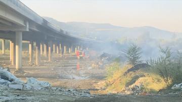 АМ Струма край Дупница е затворена заради пожара