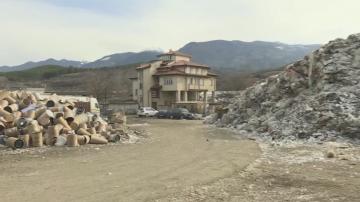 Сметище под магистралата край Дупница може да стане причина за нов пожар
