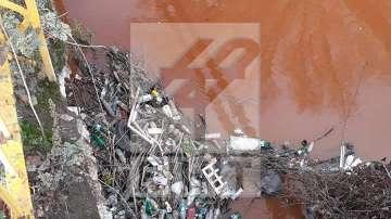 Тръба в района на ж.п гара Разпределителна е замърсител на р. Струма край Перник