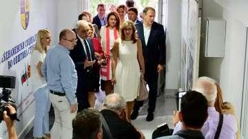 Екатерина Захариева откри в Струмица социален център за хора с увреждания