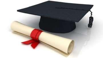 Предвиждат се нови облекчения за студентските кредити