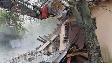 Премахнаха над 50 незаконни постройки в Стара Загора