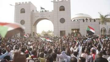 Двегодишен преходен период и избори очакват Судан след преврата