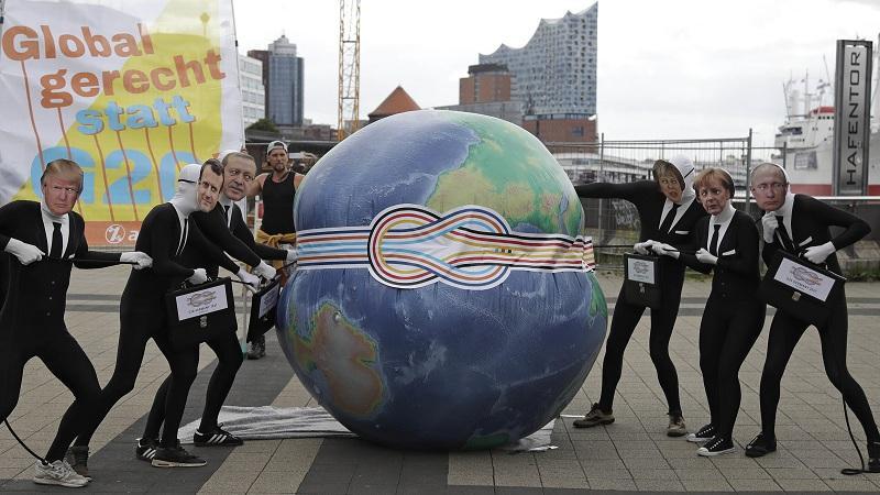 Демонстранти срещу предстоящата среща на върха Г-20 в Хамбург
