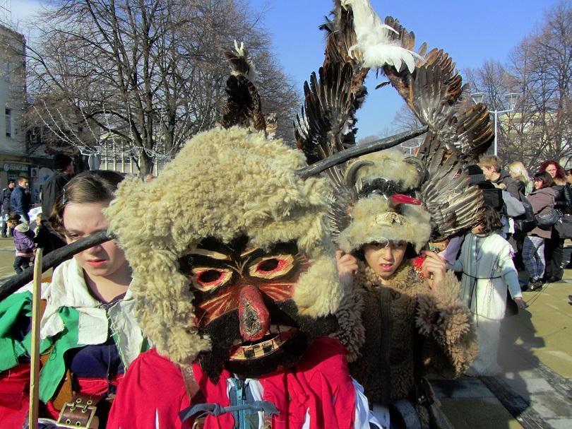 Рекорден брой участници ще представят своите традиции и обичаи в