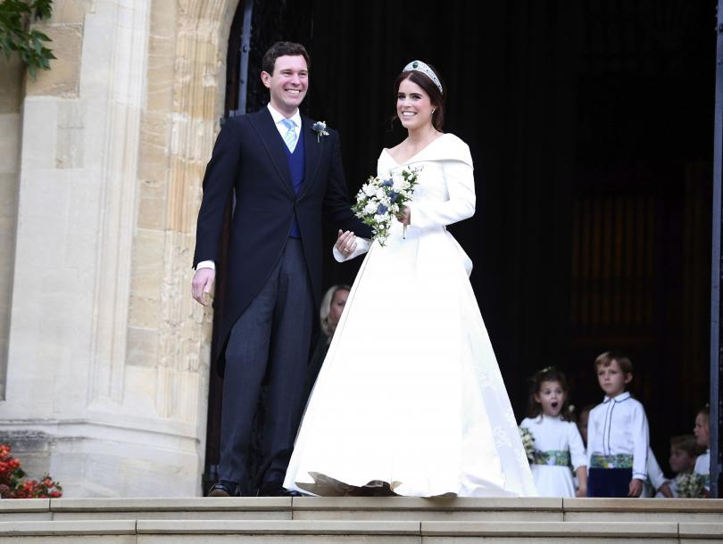 снимка 1 Кралска сватба: Принцеса Юджини каза Да на бизнесмена Джак Бруксбанк