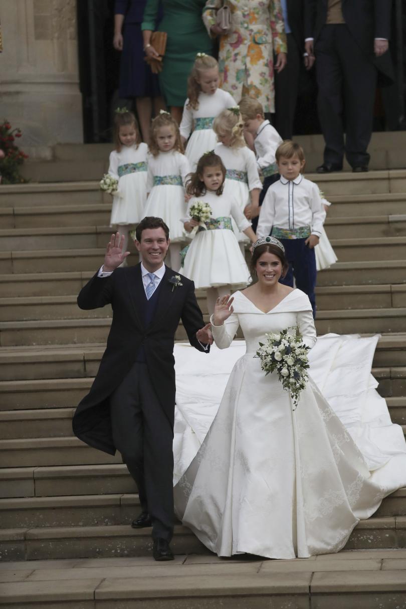 снимка 10 Кралска сватба: Принцеса Юджини каза Да на бизнесмена Джак Бруксбанк