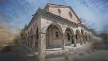 Пловдив посрещна частица от покрова на св. Богородица