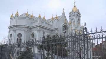 Желязната църква в Истанбул посреща Стефановден реставрирана