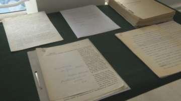Лични документи на Светлин Русев ще бъдат дарени на Държавна агенция Архиви
