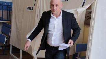 Лидерите на коалиция Реформаторски блок - Глас народен гласуват