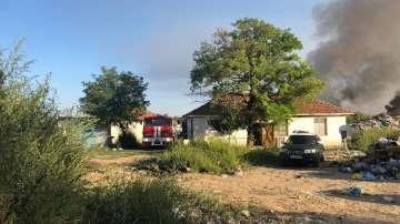 Локализиран е пожарът на старото сметище в Свищов