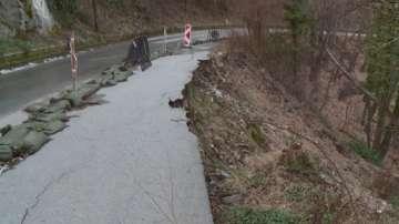 Старо свлачище застрашава пътя до Асеновата крепост