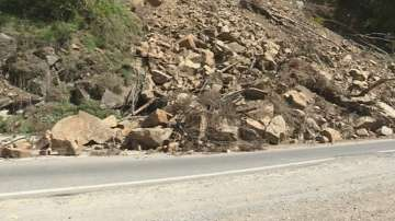 Настояват за спешен ремонт на пътя до Рилския манастир