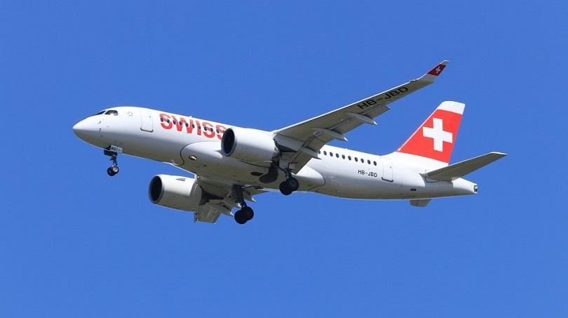 два самолета швейцарските авиолинии бяха ударени мълния