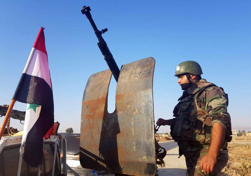 Сирийски правителствени войски заемат позиции в севера на страната след