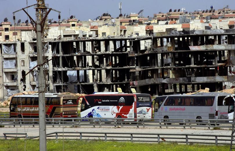 силен взрив международното летище дамаск