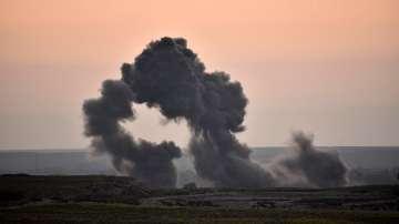 Атентат с кола-бомба е отнел живота на 20 души в Източна Сирия
