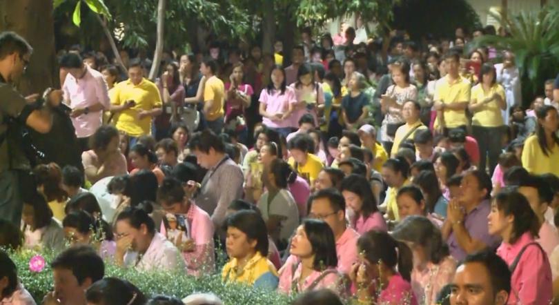 Светът скърби за покойния крал на Тайланд