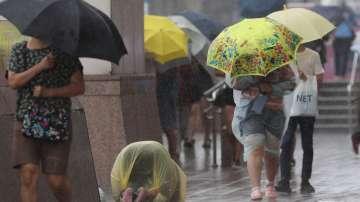 """В Тайван един човек е загинал от тайфуна """"Лекима"""""""