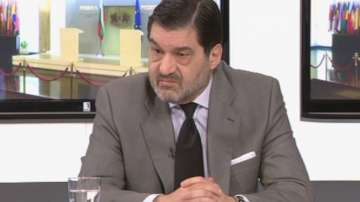 МВнР препоръчва при пътуване в чужбина българите да се регистрират в посолствата